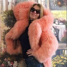 Pink Fur Jacket, Pink Fur Coat, Faux Fur Collar Coat, Fluffy Coat, Fur Clothing, Fur Fashion, Warm Coat, Fox Fur, Sweater Hoodie