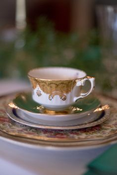 downton abbey wedding inspiration with gold rimmed vintage china