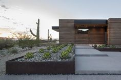 Rammed Earth House by Brent Kendle: This modern single story hillside home designed by Brent Kendle is located in Paradise Valley, Arizona. (2)