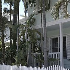 I would love to own a home in the Truman Annex in Key West. That's one of my dreams! #KeyWest #Travel #Realestate #Homes