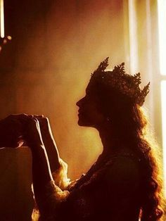 "I was finally accepted by my father as a suitable queen. The crown glistening on my head as the new morning light hits it. ""Thank you, father."" I reply as he leads me to the chair on his left, signifying that I will be the queen. Story Inspiration, Writing Inspiration, Character Inspiration, Queen Aesthetic, Princess Aesthetic, Crown Aesthetic, Medieval Fantasy, Conte, King Queen"