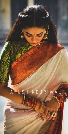 meghana's wedding - more traditional wedding sari option? Pure white Banarasi silk saree with bright red zari border and green and gold woven silk blouse Indian Blouse, Indian Sarees, Bengali Saree, Bengali Bride, Sabyasachi, Indian Attire, Indian Wear, Indian Dresses, Indian Outfits