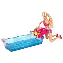 Barbie y Perritos Nadadores