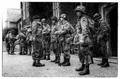 """""""The Screaming Eagles"""", 101st Airborne Division, Littlecote House in Berkshire. From airfields in this area, including Ramsbury just to the west of here, the 101st  Airborne Division took off during the night of 5 june 1944, the eve of D-Day, as part of the invasion of Normandy."""