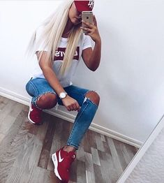 Classic Red day #Nike #NewEra #Levis #Blondie