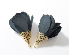 Cyan Chiffon Tassel, Flower Tassel, Rose Pendant . Jewelry Craft Supply . 16K Polished Gold Plated over Brass Cap - 2pcs / RG0059-PGCY