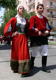 FolkCostume&Embroidery: Overview of Sardinian Costume
