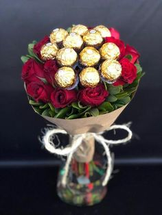 Valentine's Day Flower And Chocolate Delivery Candy Bouquet Diy, Money Bouquet, Valentine Bouquet, Gift Bouquet, Valentines Day Baskets, Valentine Day Crafts, Chocolate Delivery, Chocolate Flowers Bouquet, Flower Box Gift
