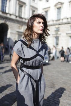 They Are Wearing: London Fashion Week - Sept 201 Fashion Week 2015, Fashion News, Fashion Beauty, Girl Fashion, Street Chic, Street Style, London Fashion, Style Guides, Passion For Fashion