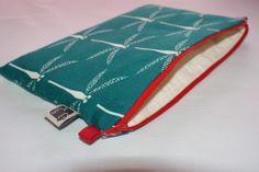Sac/Trousse/Pochette de soirée matelassée en coton bio et lin, fermeture zippée : Sacs à main par kumoandfriends