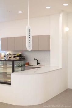 [479] 슬라임카페창업 인테리어 / 이색테마 키즈카페 : 네이버 블로그 Cafe Bar, Cafe Restaurant, Modern Restaurant, Cafe Shop Design, Cafe Interior Design, Wood Cafe, Coffee Shop Aesthetic, Cafe Counter, Counter Design
