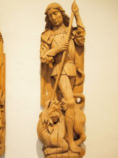 St_George_and_the_dragon_-_Wood_carving
