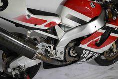 Yamaha YZF 750 Superbike Motos Yamaha, Yamaha Motorcycles, Yamaha Yzf, Cars And Motorcycles, Motogp, Courses, Paint Ideas, Motorbikes, Racing Bike