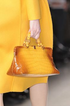 An ombre finish adds an unexpected luxe touch to this gorgeous Bottega  Venetta top handled croc bag. a690a902d21fd