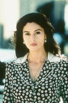monica belluci style Monica Bellucci as Malena Hollywood Glamour, Hollywood Actresses, Actors & Actresses, Monica Belluci Malena, Monica Bellucci Makeup, Monica Bellucci Movies, Divas, Italian Beauty, Italian Women
