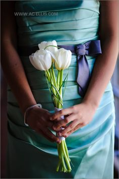 Wedding flowers tulips : grey, green modern