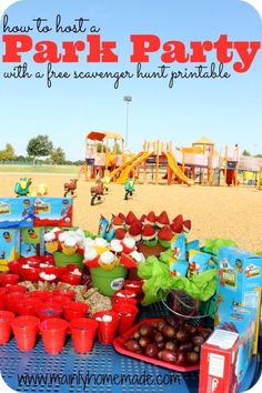 How to host the Best Outdoor Party at a park. Easy to make snack ideas, fun games and a free scavenger hunt printable activity. [ad] #outtoPlay Clif Zbar outdoor play.
