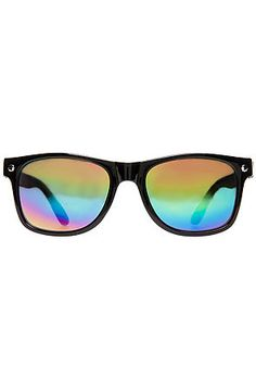 Glassy Sunglasses Sunglasses The Leonard in Black & Color Mirror: What time is it? Time to pick up the latest sunhaters. Acetate frame. Malleable hinges. Tinted lenses. Glassy logo on sides $15.00