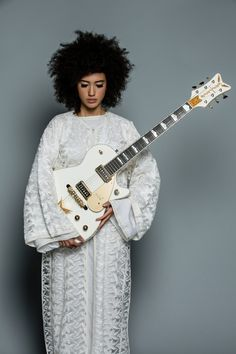 Andy Allo Curly Afro