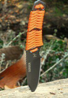 Bear Grylls Paracord Knife - Bit cheaper than the Ka-Bar BK11