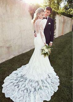 Elegant Tulle Bateau Neckline Natural Waistline Mermaid Wedding Dress With Lace Appliques