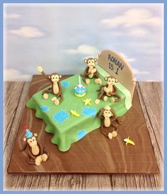 """Five Little Monkeys Jumping On The Bed""Birthday Cake"