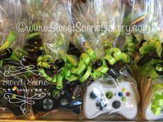 https://flic.kr/p/EKcJmJ | Cookie Game Controllers | XBox Style Game Controller cookies