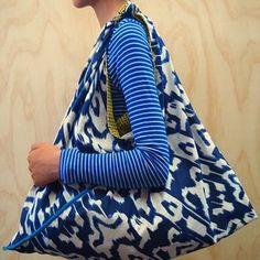 Image of Azuma Bukuro : Japanese Traditional Style Bags Custom Tote Bags, Tote Bags Handmade, Japan Bag, Ankara Bags, Furoshiki, Triangle Bag, Origami Bag, Eco Friendly Bags, Fabric Handbags