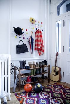 Pin for Later: Tiny Tricks That Add Storage Get creative with coat hangers
