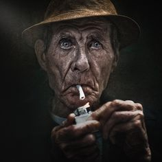 """Photo """"The smoking man"""" by Lee Jeffries Lee Jeffries, Photography Rules, Street Photography, Portrait Photography, Street Portrait, Man Portrait, Homeless People, Black And White Portraits, Human Body"""