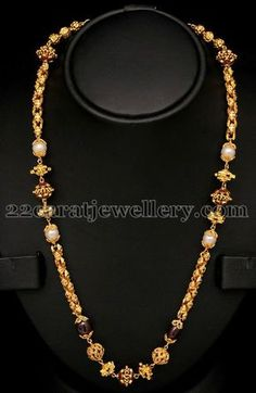 Jewellery Designs: Medium Size Fancy Chain With Pearls
