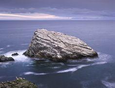 Birdshit Rock · Portknockie © Ian Cameron
