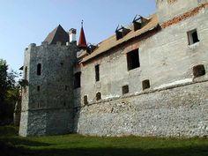 Slovakia, Skýcov - Castle