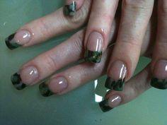 Cammo nail polish.......
