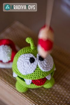 Crochet Pattern of Om Nom from Cut the Rope Amigurumi by Aradiya