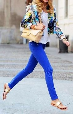 29 Cobalt skinnies   colorful jacket   nudeaccessories/footwear