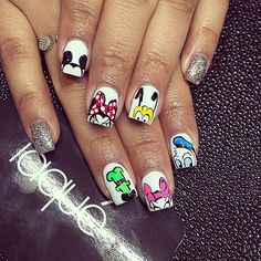 Mickey mouse nail art, minnie mouse nails, disney world nails, disney nails Mickey Mouse Nail Art, Minnie Mouse Nails, Disney World Nails, Disney Nails, Trendy Nail Art, Cool Nail Art, Disney Inspired Nails, Duck Nails, Laque Nail Bar