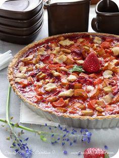 Catalina pece: Rebarborový koláč s jahodami a crème anglaise Hawaiian Pizza, Pepperoni, Food And Drink, Breakfast, Morning Coffee