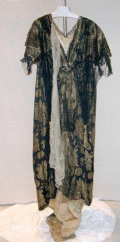 Tea gown Date: ca. 1910 Culture: British Medium: silk, metal, cotton Accession Number: 1982.316.10