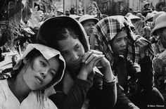 32 Black and White Photos That Document Everyday Life of North Vietnam in the Late ~ vintage everyday Marc Riboud, Ho Chi Minh, Political Culture, Long Pictures, John Lennon And Yoko, Testament, Michael Collins, Become A Photographer, North Vietnam