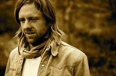 Jon Foreman (lead singer of Switchfoot) - If you haven't checked out his solo Ep's, do it, they're amazing! Jon & his songs are always an inspiration to me. Beautiful Voice, Beautiful Men, Beautiful People, Amazing People, Cool Lyrics, Music Lyrics, List Of Heroes, Sara Bareilles, Father Figure