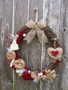 Stunning Rustic Valentines Day Decoration Ideas 40 - Love decorates the mood every February 14 and the Valentine's Day decorations speak the heart for you ! So all you have to do this Valentine's Day is . Valentine Day Wreaths, Valentines Day Decorations, Valentine Day Crafts, Holiday Wreaths, Holiday Crafts, Christmas Decorations, Holiday Decor, Printable Valentine, Homemade Valentines