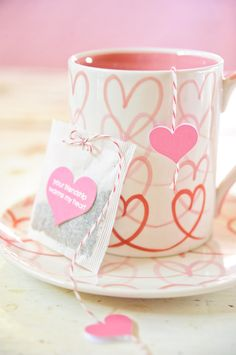 "Tea bag tag: ""Your friendship warms my heart!""."