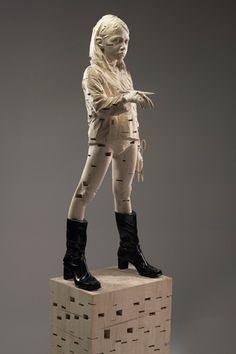Gehard Demetz - Contemporary Artist - Wood Sculpture - 2008 - Married to myself.
