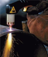Improve your skills with Miller welding resources. Explore welding projects, guides, and videos, access weld calculators, or check out the Miller welding forums. Welding Shop, Mig Welding, Welding Tips, Welding Ideas, Welding Table, Metal Working Tools, Work Tools, Metal Projects, Welding Projects