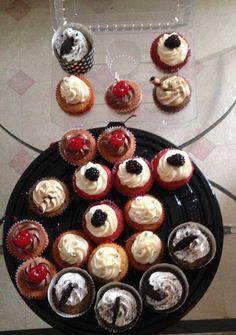 Cupcakes de zanahoria, oreo, moka y cereza