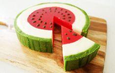 Δες πώς θα φτιάξεις καλοκαιρινό cheesecake-καρπούζι - www.olivemagazine.gr