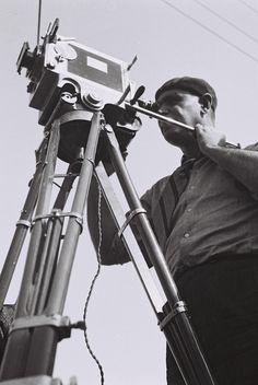 Agadati: screen of an Artist - Metro Kino - Uhr Telescope, Israel, Artist, History Of Film, New Movies, Film Festival, Artists