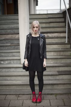 biker jacket #outfit #fashion #black #red #drmartens #style