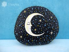 Moon painted on rock- starry night painting- paperweight rock- fantasy painted rock- moon and stars painted art - collectible rocks- gift Hobbies And Crafts, Arts And Crafts, Moon Painting, Rock Painting Designs, Hand Painted Rocks, Posca, Rock Crafts, Acrylic Colors, Pebble Art